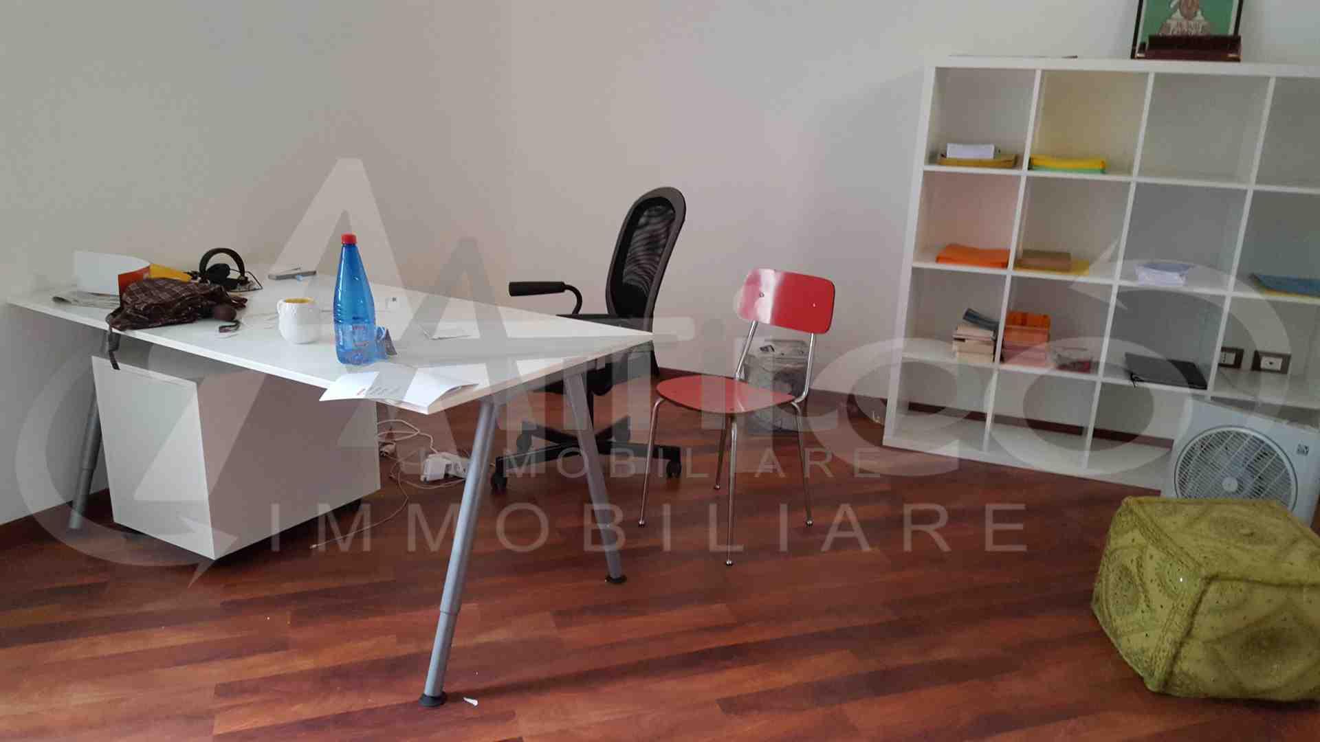 Ufficio Rovigo : Codice f1085 ufficio affitto a rovigo attico immobiliare