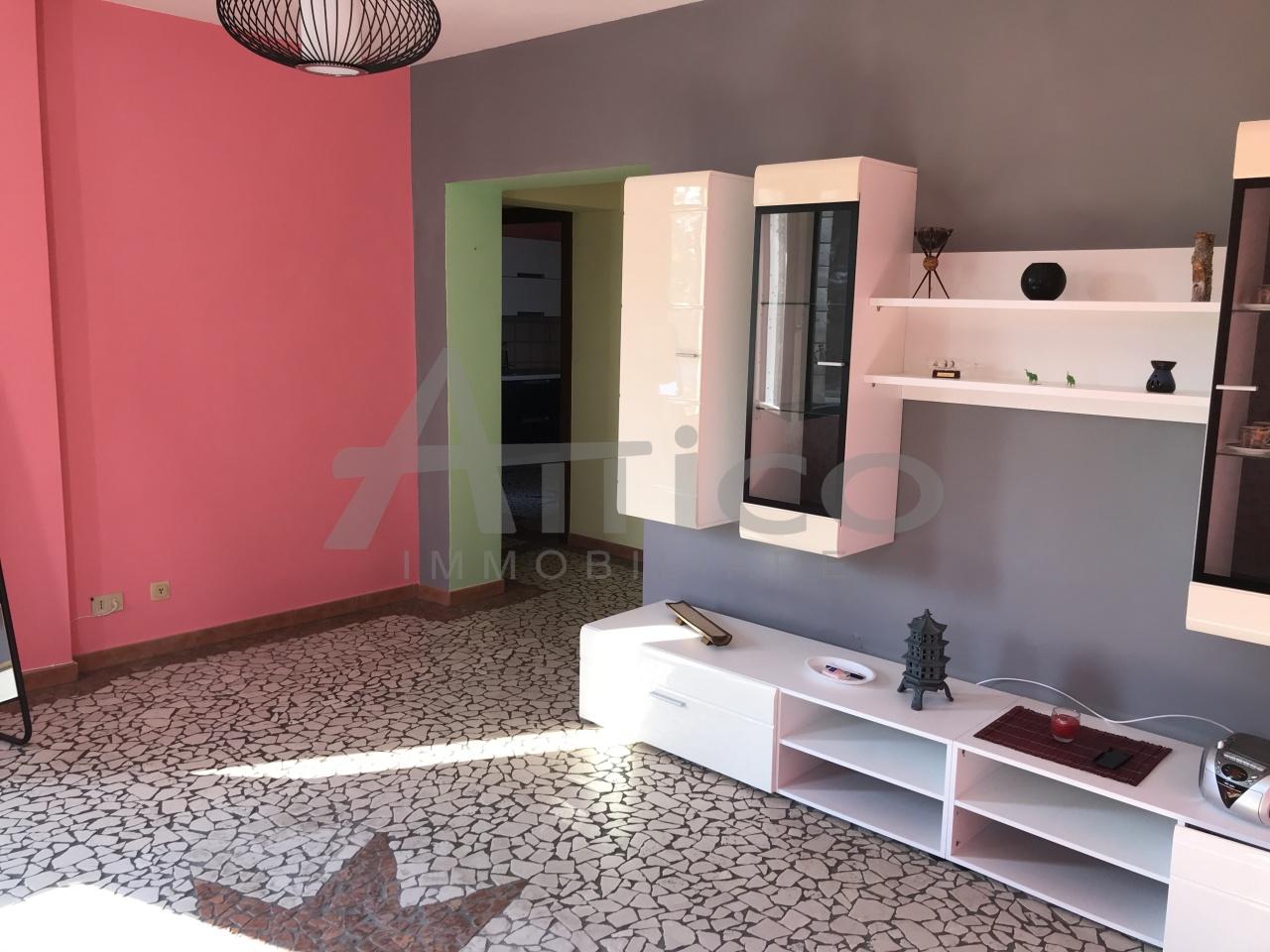 Appartamento in vendita a Villadose, 5 locali, prezzo € 45.000 | CambioCasa.it