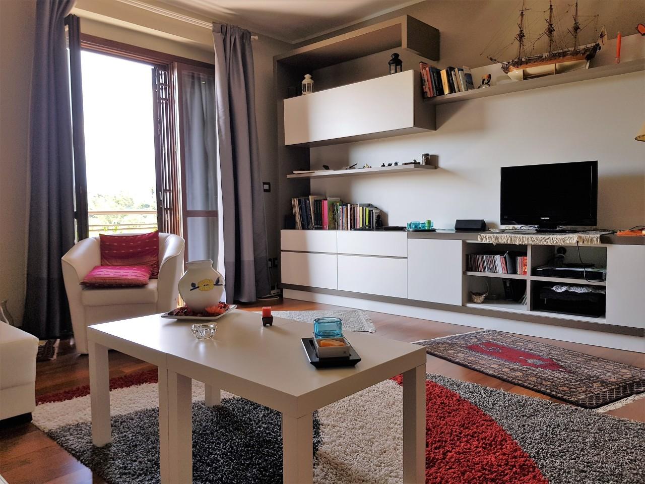 Appartamento in ottime condizioni in vendita Rif. 10063372