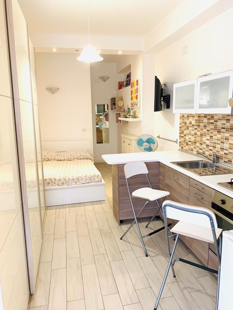 Appartamento in buone condizioni in vendita Rif. 10808877