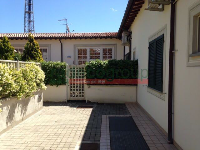 Casa Indipendente in ottime condizioni in vendita Rif. 8239311