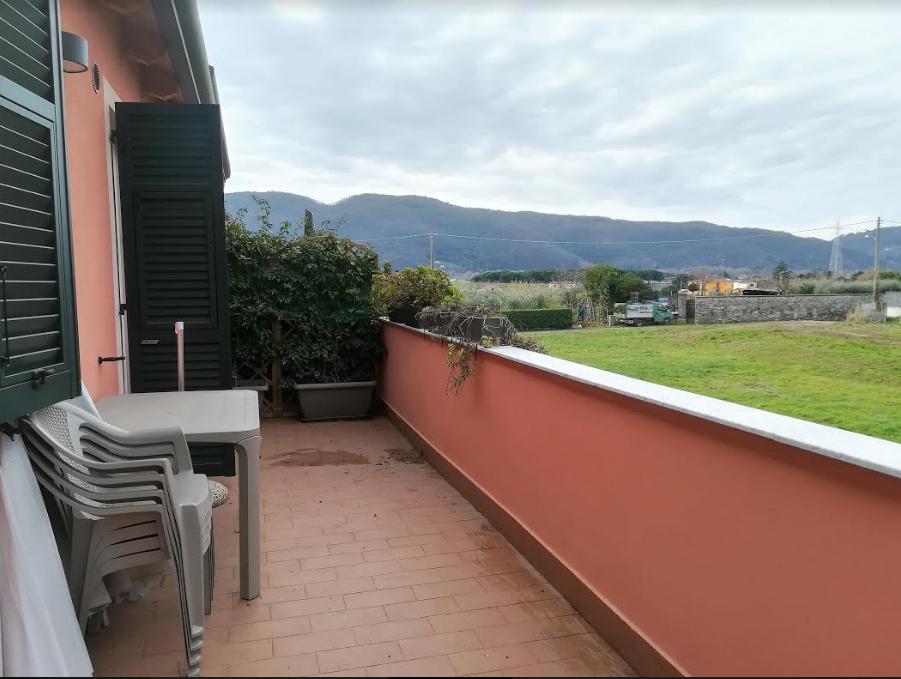 Appartamento in vendita a Sarzana, 3 locali, prezzo € 165.000 | PortaleAgenzieImmobiliari.it