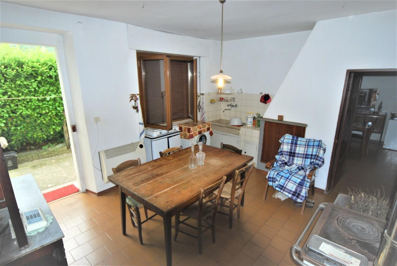 Casa Indipendente in buone condizioni in vendita Rif. 10404284