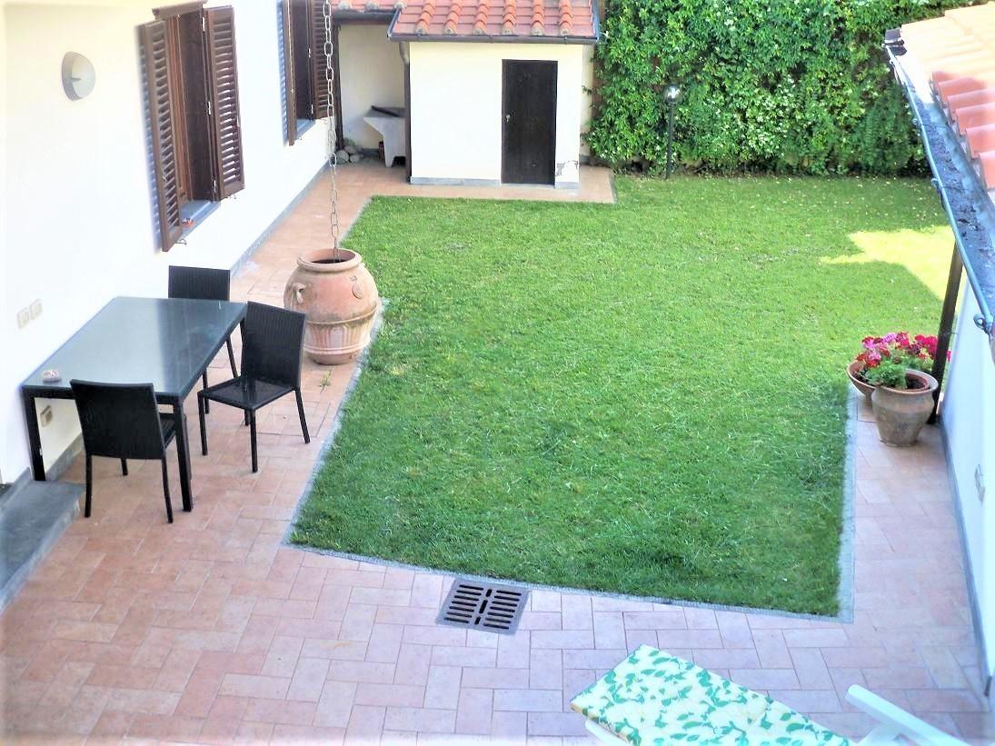 Casa Indipendente in ottime condizioni in vendita Rif. 11371056