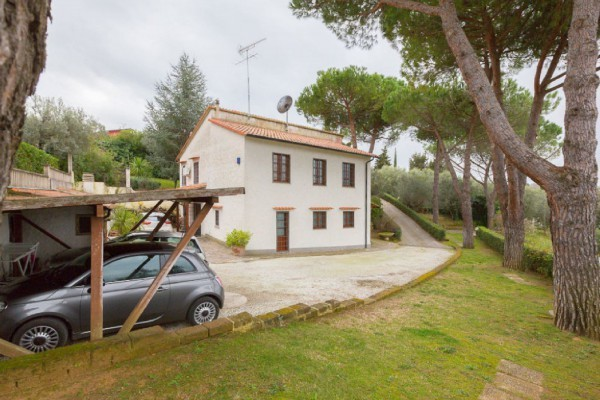 Villa in buone condizioni in vendita Rif. 9373968