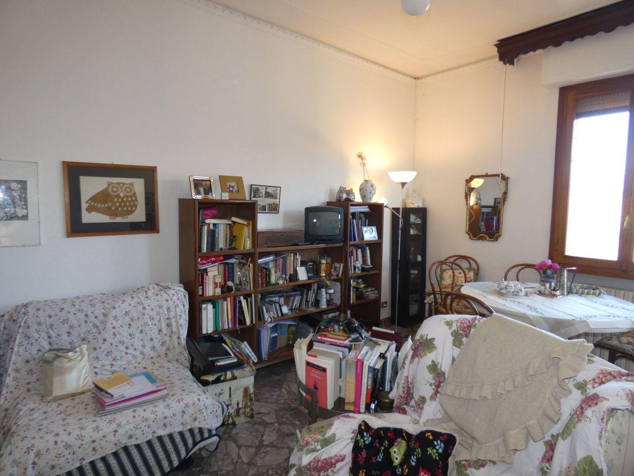 Appartamento in vendita a Borgo San Lorenzo, 4 locali, prezzo € 160.000   PortaleAgenzieImmobiliari.it