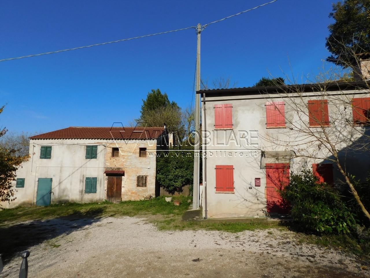 Rustico / Casale ristrutturato in vendita Rif. 8813762