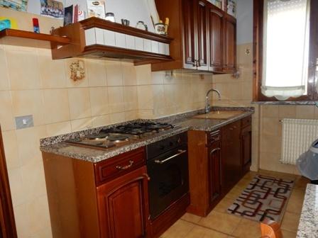 Quadrilocale in buone condizioni arredato in vendita Rif. 4171635