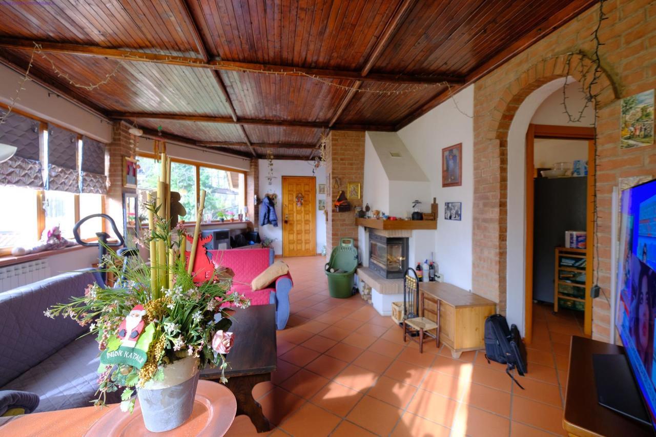 Soluzione Semindipendente in vendita a Pontinvrea, 9 locali, prezzo € 145.000 | PortaleAgenzieImmobiliari.it