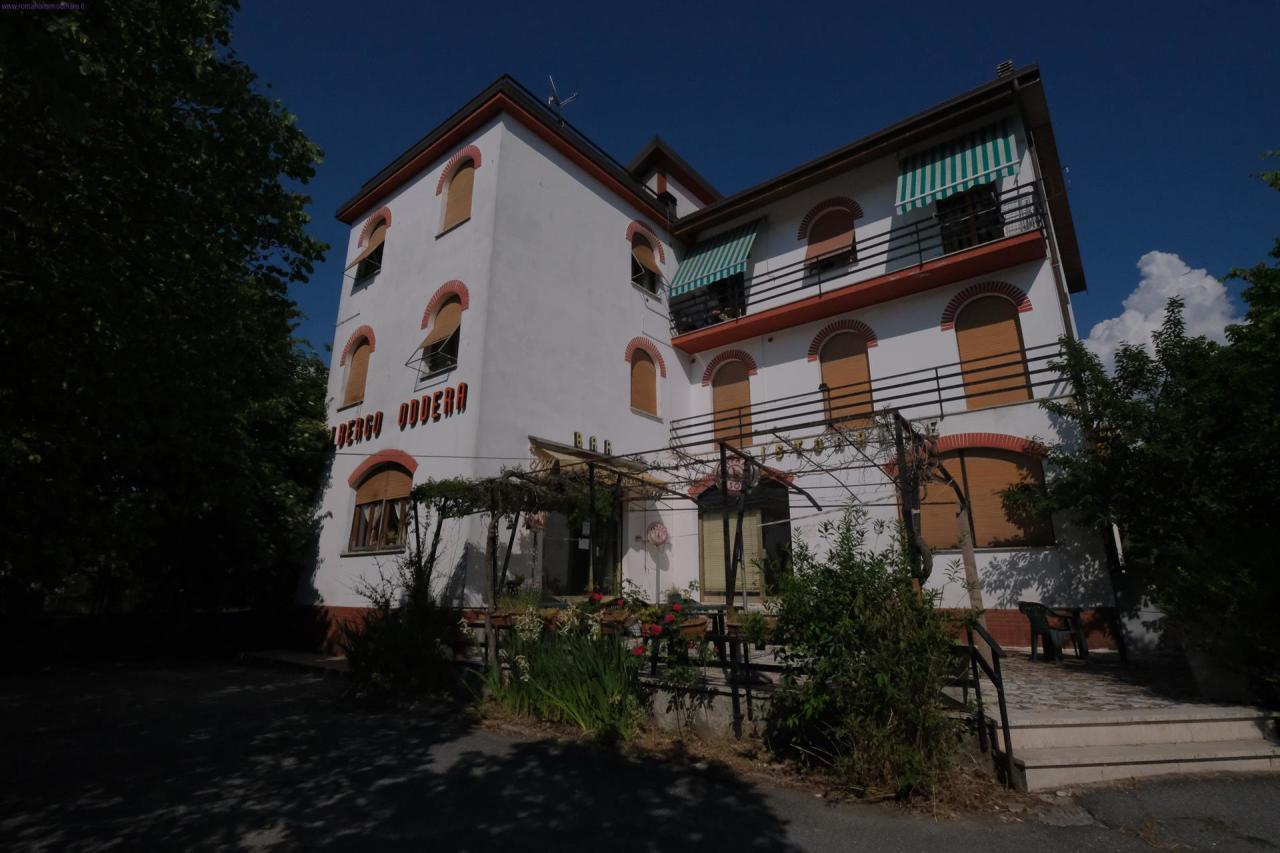 Ristorante / Pizzeria / Trattoria in affitto a Mioglia, 6 locali, prezzo € 8.000 | PortaleAgenzieImmobiliari.it