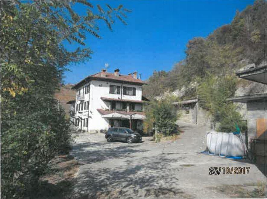 Villa in buone condizioni in vendita Rif. 11118025