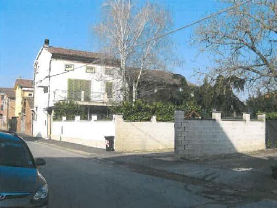 Casa Indipendente in buone condizioni in vendita Rif. 10174933