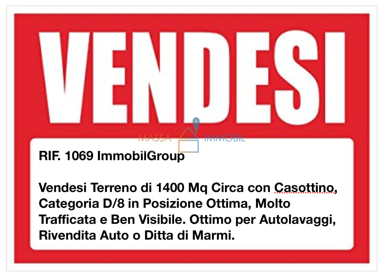 Capannone / Fondo - Industriale/Artigianale a Marina Di Massa, Massa