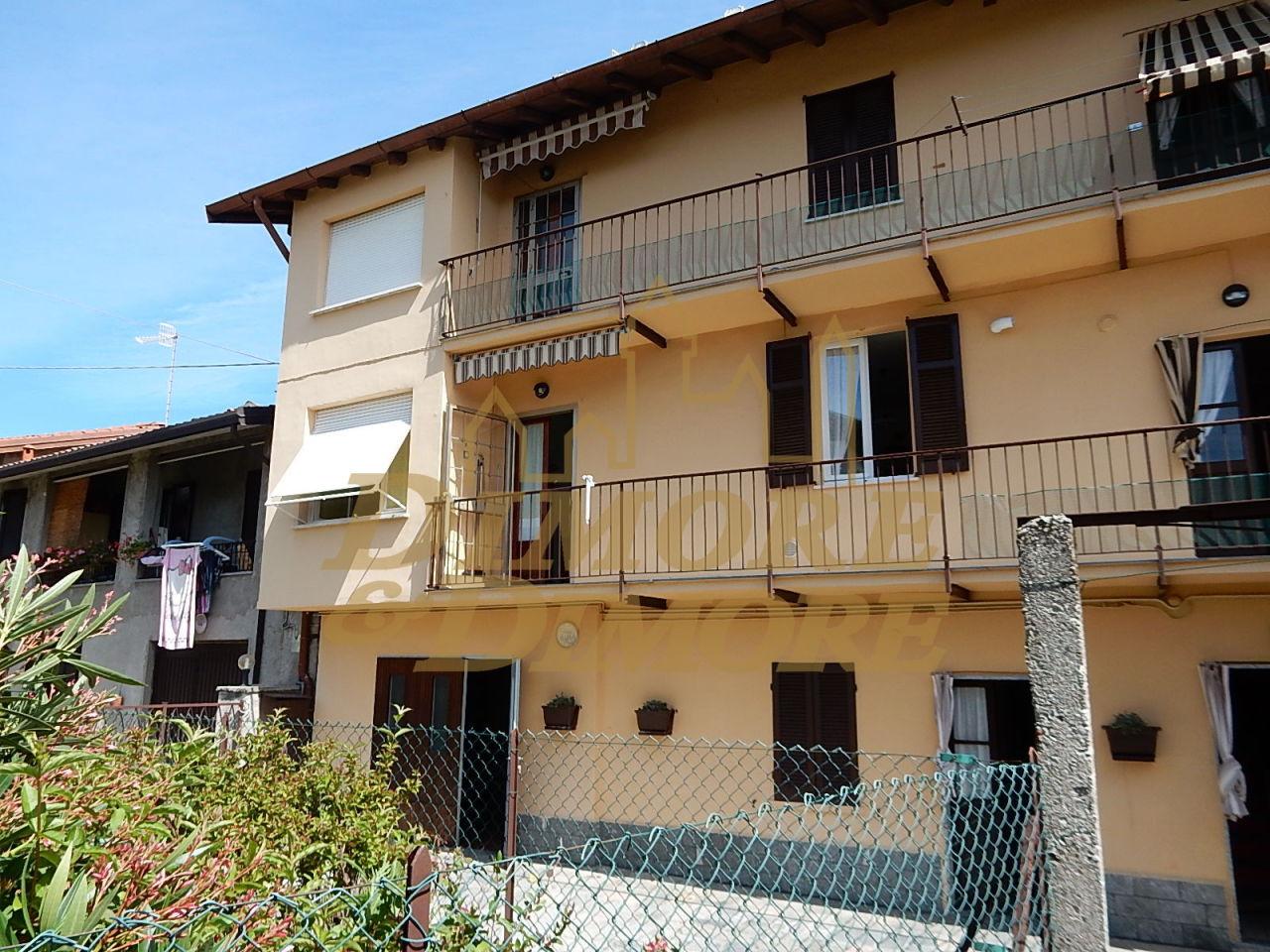 Appartamento in affitto a Laveno-Mombello, 2 locali, prezzo € 465 | CambioCasa.it