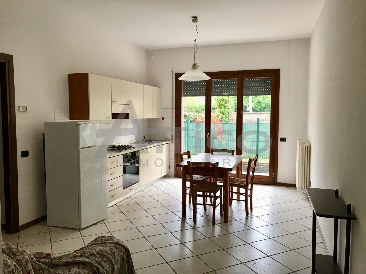 Appartamento in vendita a Rovigo, 3 locali, prezzo € 100.000 | CambioCasa.it