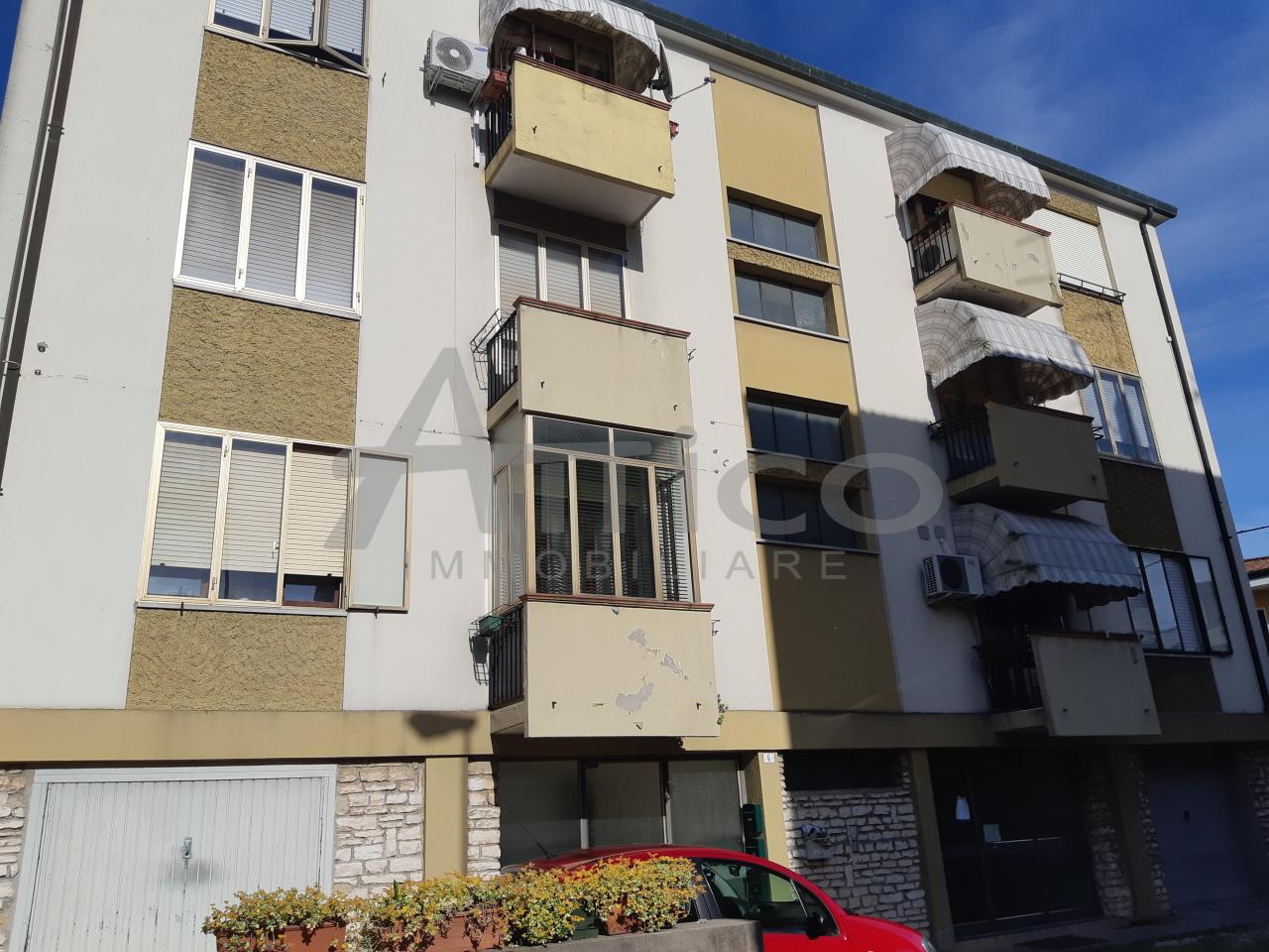 Appartamento - Pentalocale a S. Bortolo, Rovigo