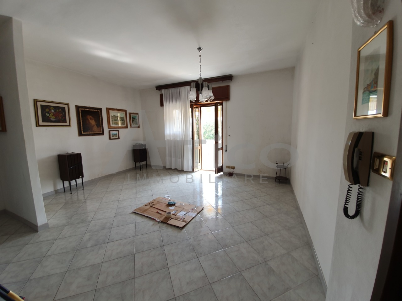 Appartamento - Piano Ultimo a Commenda Ovest, Rovigo