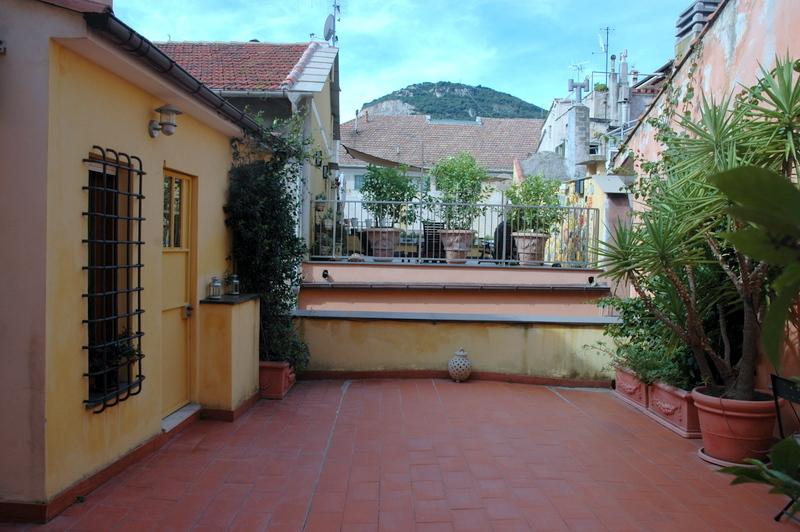 Appartamento in vendita a Finale Ligure, 4 locali, prezzo € 440.000   PortaleAgenzieImmobiliari.it
