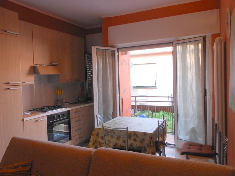 Appartamento in vendita a Finale Ligure, 3 locali, prezzo € 265.000 | PortaleAgenzieImmobiliari.it