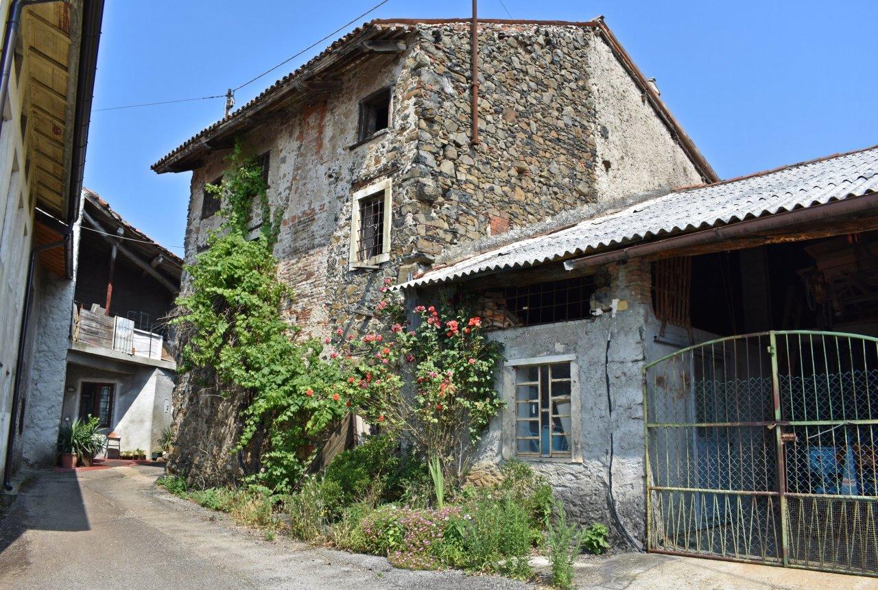 Rustico / Casale in discrete condizioni in vendita Rif. 10547031