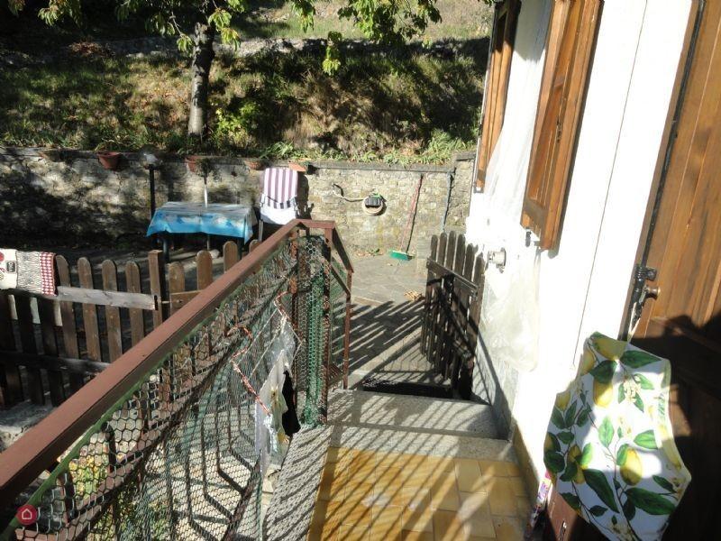 Appartamento in buone condizioni in vendita Rif. 9599636