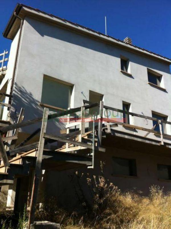 Villetta a schiera ristrutturato in vendita Rif. 7359146