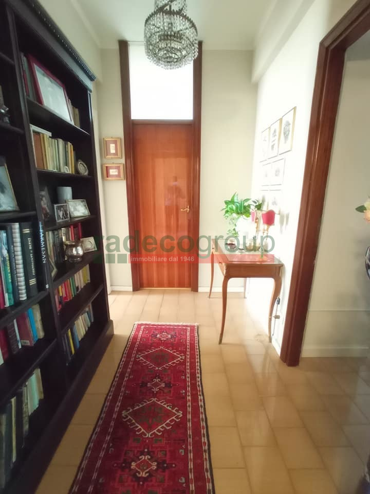 Appartamento in vendita - Roma, Livorno