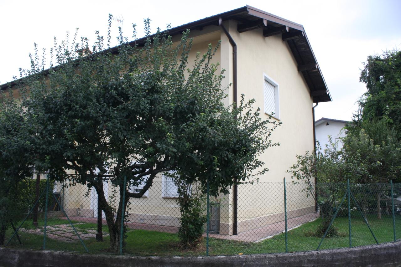 Villetta a schiera da ristrutturare in vendita Rif. 6169492