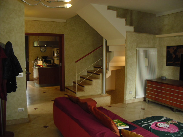 Casa Indipendente in ottime condizioni in vendita Rif. 8518436