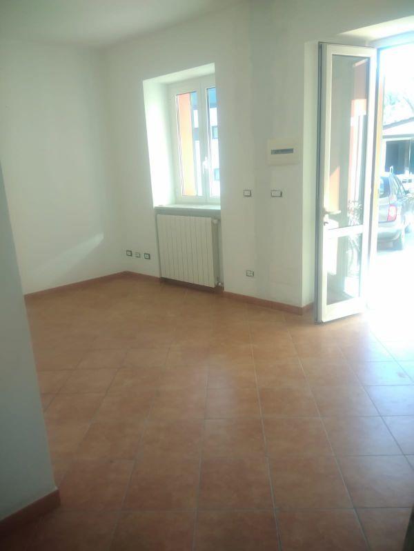 Bilocale ristrutturato in affitto Rif. 9496019