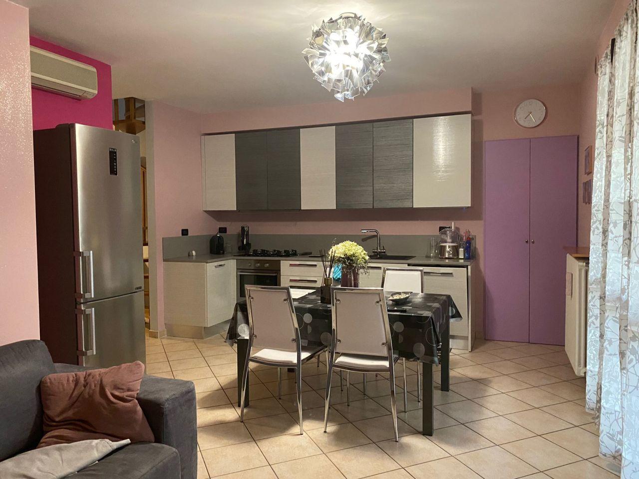 Appartamento in vendita a San Mauro Pascoli, 4 locali, prezzo € 240.000   PortaleAgenzieImmobiliari.it