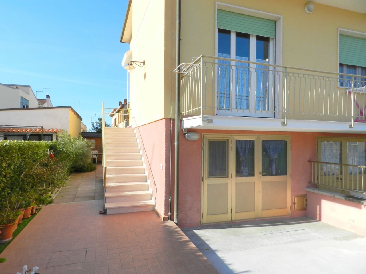 Appartamento in ottime condizioni in vendita Rif. 9357970
