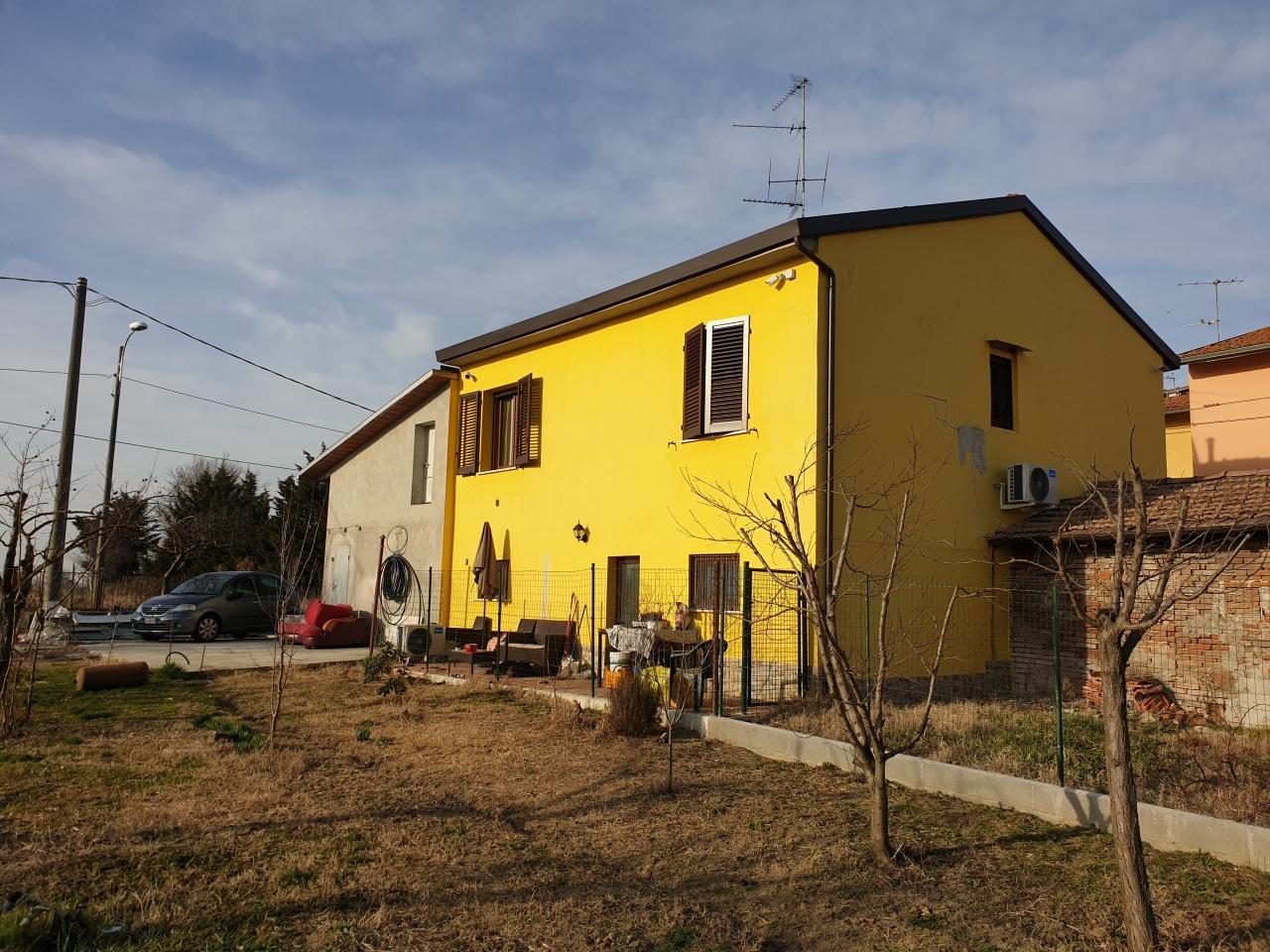 Porzione di casa ristrutturato arredato in vendita Rif. 10173150