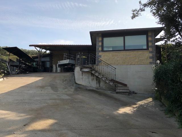 Capannone / Fondo - Industriale/Artigianale a Guidonia Montecelio Rif. 12212730