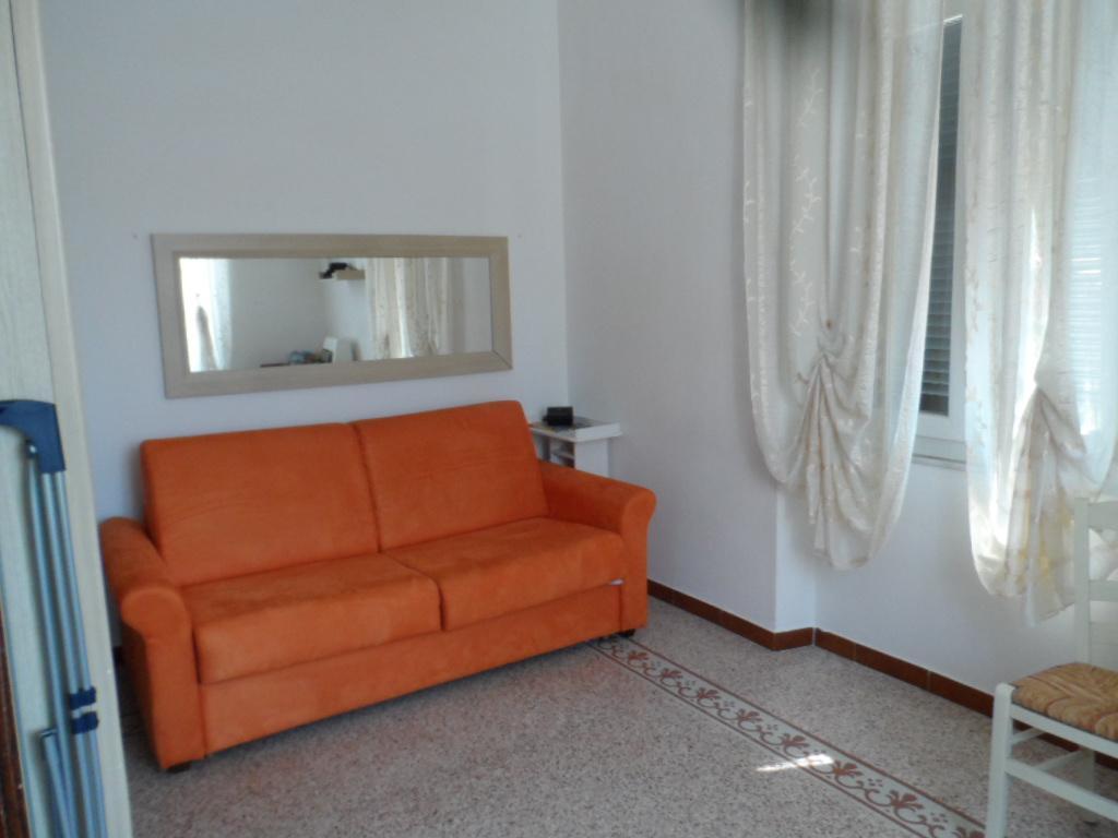 Appartamento in buone condizioni in affitto Rif. 10063312
