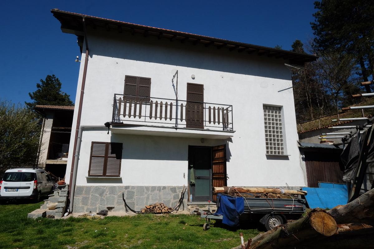 Villa in vendita a Giusvalla, 7 locali, prezzo € 100.000 | PortaleAgenzieImmobiliari.it