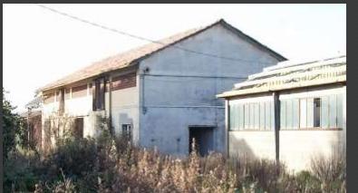 Capannone / Fondo - Industriale/Artigianale a Luni Rif. 12283433