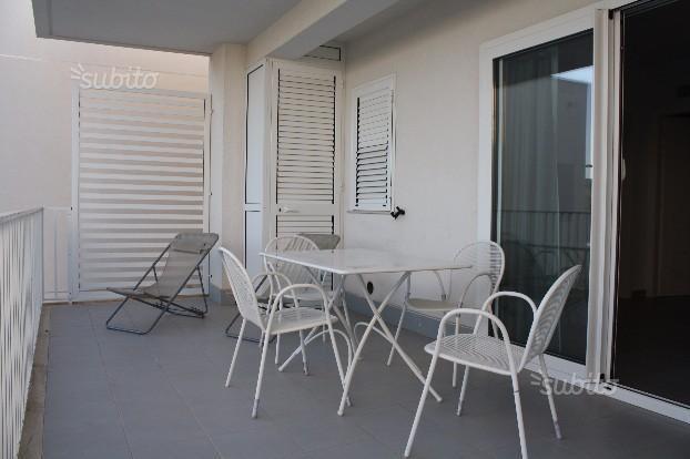 Trilocale in ottime condizioni arredato in affitto Rif. 8908568