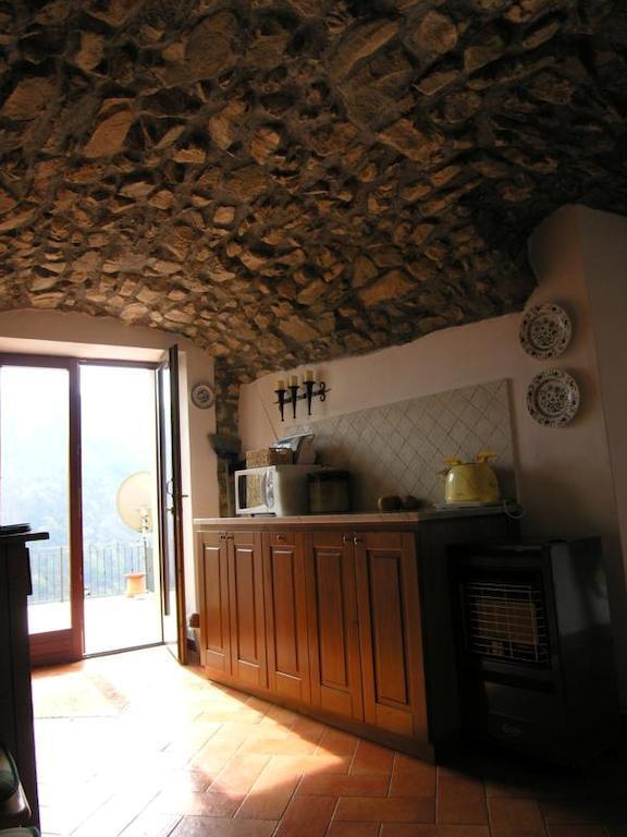 For Sale Casa Ponza Casa Ponza Toscana Italy L