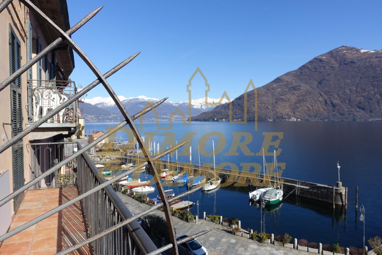 Appartamento in vendita a Cannobio, 7 locali, prezzo € 395.000 | CambioCasa.it