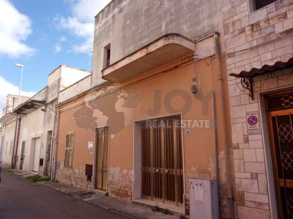ABITAZIONE INDIPENDENTE CAVALLINO, Lecce
