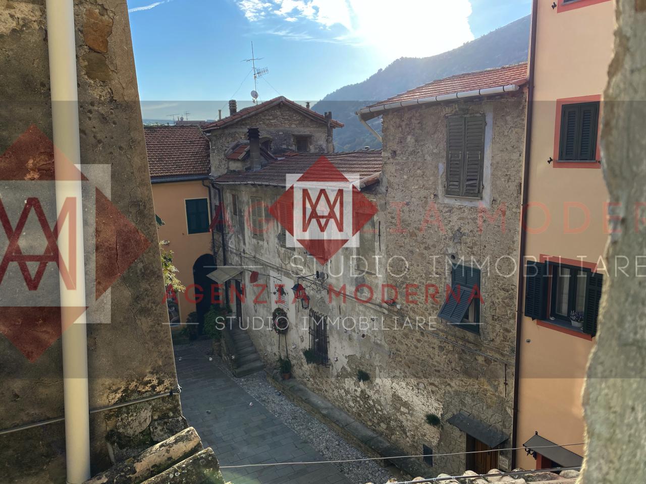 Soluzione Indipendente in vendita a Vallecrosia, 4 locali, prezzo € 59.000   PortaleAgenzieImmobiliari.it