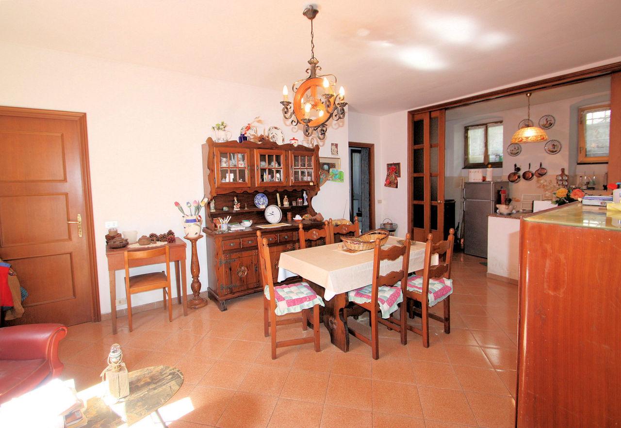Porzione di casa in vendita Rif. 10121461