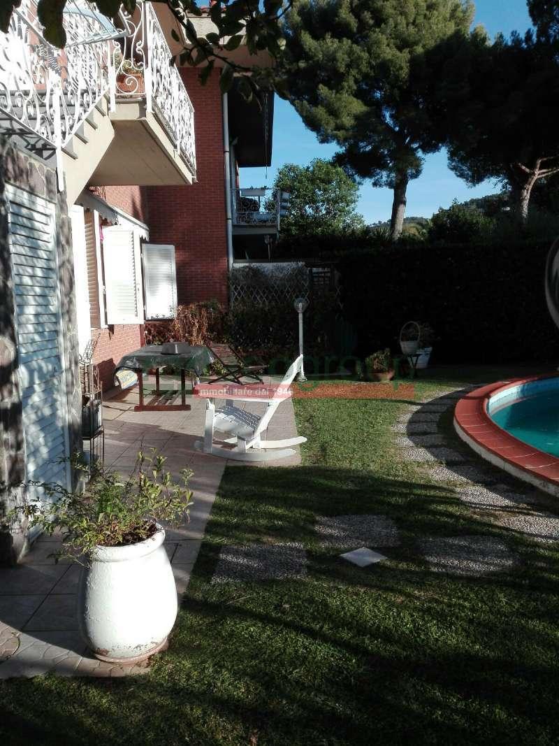 Villetta a schiera in ottime condizioni in vendita Rif. 7372793