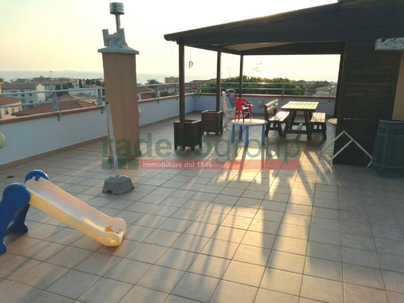 Attico / Mansarda in buone condizioni in vendita Rif. 7359324