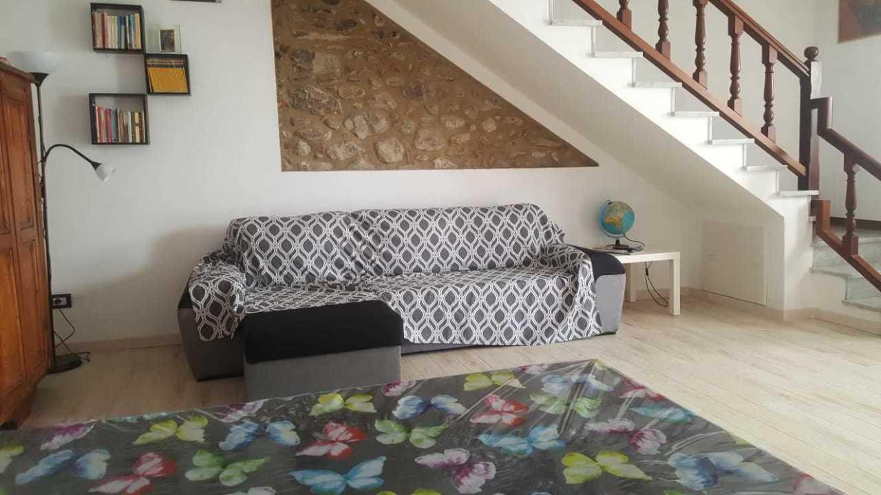 Casa semindipendente in affitto a Pietrasanta (LU)