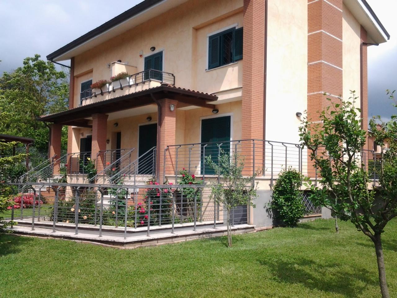 Villa in vendita Rif. 7869635