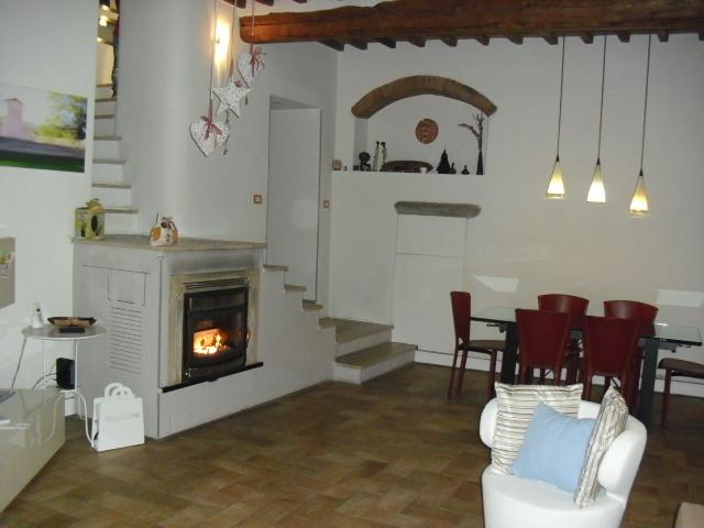 Appartamento ristrutturato arredato in vendita Rif. 8638031