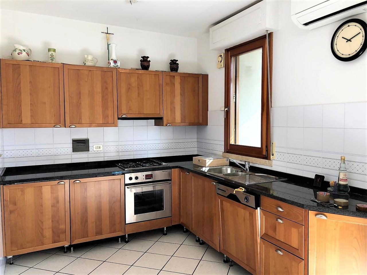 Appartamento - Quadrilocale a Repubblica, Prato