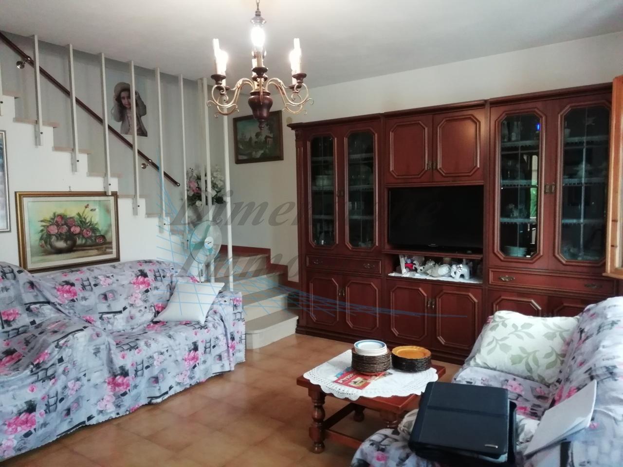 Casa Indipendente in buone condizioni in vendita Rif. 8604691